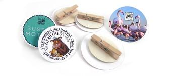 Wooden badges Vorschaubild